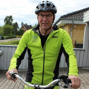 KC på cykel