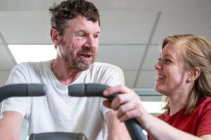 Fysisk træning er blot en del af rehabilitering efter hjerneskade