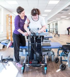 Supplement til vederlagsfri fysioterapi - standtræning i høj gangramme